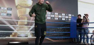 Усик — Гассієв: організатори зізналися про продажі квитків на бій