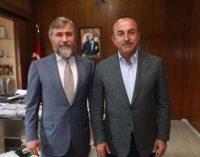 Новинский обсудил украинско-турецкие отношения с главой МИД Турции