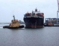Начальник порта «Южный» подписал разрешение на работу фирме, против которой протестуют в Одессе